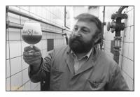 Brasseur, Brasserie La Bush, Pipaix, Belgique, 1988 - argentique