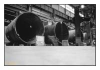 Usinage de cuves pour centrales électriques thermonucléaires, Cockerill Mechanical Industries, Seraing, Belgique, 1987 - argentique