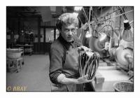 Tailleur de cristal, Manufacture de Cristaux du Val Saint-Lambert, Seraing, Belgique,1987 - argentique